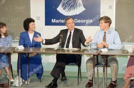 Editorial picture of George H. Bush, Marietta, USA