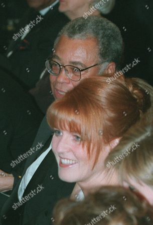 FERGUSON JONES The Duchess of York, the former Sarah Ferguson, and actor James Earl Jones attending a ceremony for the Kennedy Center Honorees of 1995 in the East Room of the White House, . Honored were Jacques d'Amboise, Marilyn Horne, B.B. King, Sidney Poitier and Neil Simon
