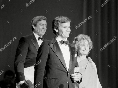 Rather Brokaw Walters Network news correspondents Dan Rather, left, of CBS News, Tom Brokaw of NBC News and Barbara Walters, right, of ABC News, host the International Radio and Television Society Gold Medal Award for president of ABC News and Sports Roone Arledge in New York City, Wednesday night