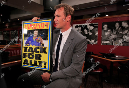 Nicklas Lidstrom Detroit Red Wings captain Nicklas Lidstrom of Sweden holds a poster thanking him for everything after he announced his retirement in Detroit, . Lidstrom retires after a 20-season career