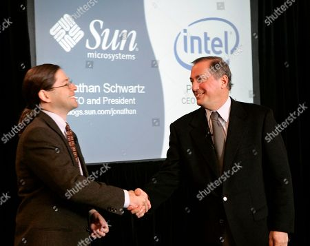 Paul Otellini, Jonathan Schwartz Intel CEO and president Paul Otellini, right, and Sun Microsystems CEO and president Jonathan Schwartz, left, shake hands during a joint news conference in San Francisco, . Sun Microsystems has agreed to use chips from Intel Corp. in some of its servers and for Intel to endorse Sun's Solaris operating system, both companies said Monday. The deal marks a major design win for Intel, the world's largest computer chip maker, which has been fighting to reverse plunging profits and regain market share lost to archrival Advanced Micro Devices Inc
