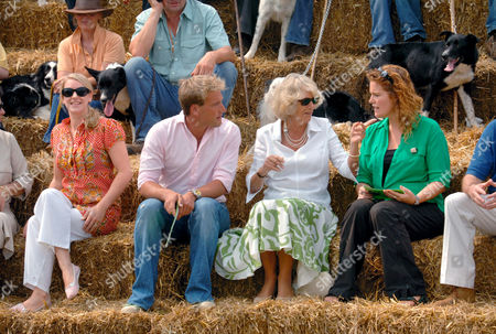 Watching a demonstration of sheep herding on the set of the BBC's 'One Man and His Dog' - Laura Lopes, Ben Fogle, Camilla, Duchess of Cornwall and Shauna Lowry