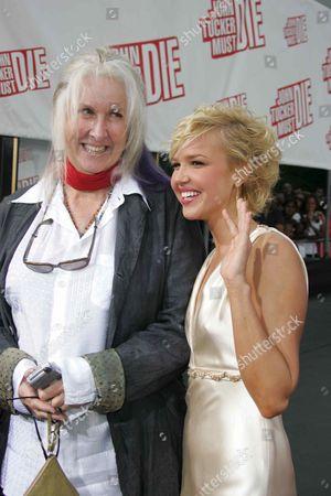 Betty Thomas and Arielle Kebbel