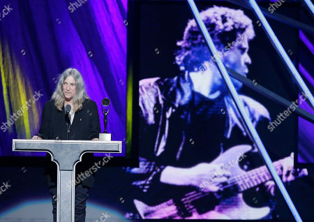 Patti Smith Patti Smith presents inductee Lou Reed at the Rock and Roll Hall of Fame Induction Ceremony, in Cleveland