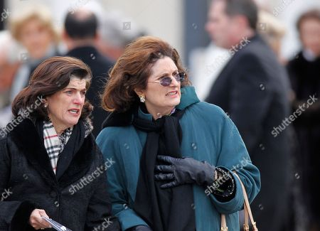 Lynda Johnson Robb Lynda Johnson Robb, center, daughter of former President Lyndon Johnson, leaves following the funeral Mass for R. Sargent Shriver at Our Lady of Mercy Catholic church in Potomac, Md., just outside Washington, . Shriver, the man responsible for launching the Peace Corps after marrying into the Kennedy family, died last Tuesday at age 95 after suffering from Alzheimer's disease for years