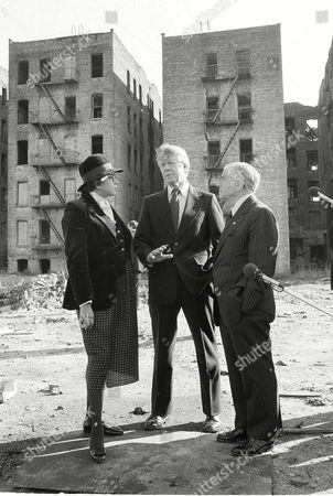 """Carter Harris Beame President Jimmy Carter, center, New York Mayor Abe Beame, right, and Secretary of Housing and Urban Development Patricia Harris discuss the problems besieging the South Bronx section of New York, . Carter ordered Harris to make a study of the area and report what """"ought to be salvaged and what ought to be torn down"""