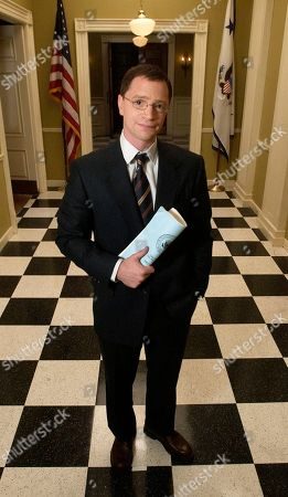 """MALINA Actor Josh Malina, who portrays White House aide Will Bailey on NBC's """"The West Wing,"""" poses for a photo on the set of the show in Burbank, Calif., . Malina has had a role in every one of Aaron Sorkin's projects, including supporting parts in the films """"A Few Good Men,"""" """"Malice"""" and """"The American President"""