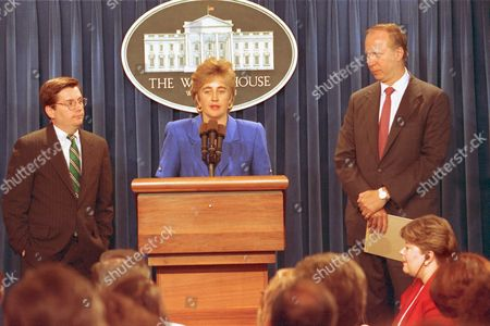 Myers Gearan Gergen White House press secretary Dee Dee Myers, flanked by the new White House Communcations Director Mark Gearan, left, and Counselor to the president David Gergen, meets with reporters in the White House briefing room in Washington, D.C
