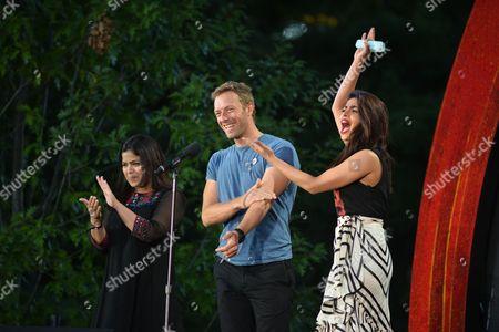 Poonam Mahajan, Priyanka Chopra, Chris Martin