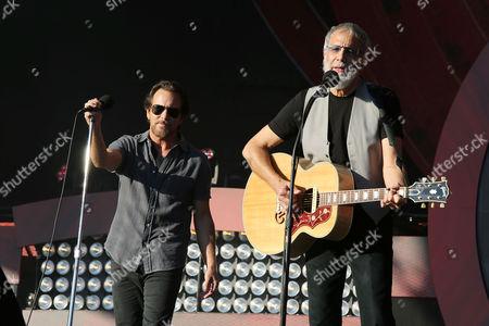 Eddie Vedder (Pearl Jam) and Yusuf Islam (Yusuf Islam)