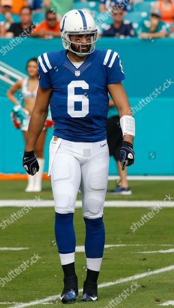 Charlie Whitehurst Indianapolis Colts quarterback Charlie Whitehurst (6) walks off the field during the first half of an NFL football game against the Miami Dolphins, in Miami Gardens, Fla
