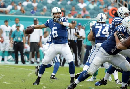 Charlie Whitehurst Indianapolis Colts quarterback Charlie Whitehurst (6) aims a pass during the second half of an NFL football game against the Miami Dolphins, in Miami Gardens, Fla