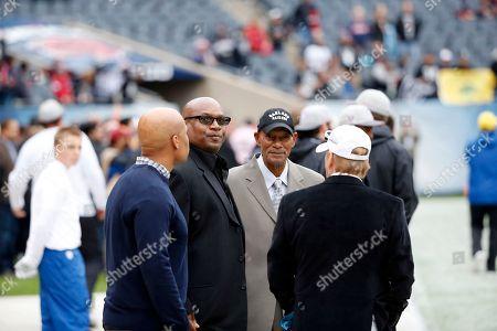 Bo Jackson, Willie Brown, Mark Davis Former NFL players Bo Jackson, left, and Willie Brown talks to Oakland Raiders owner Mark Davis before an NFL football game, in Chicago