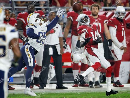 J.J. Nelson, Richard Crawford Arizona Cardinals wide receiver J.J. Nelson (14) pulls in a pass as San Diego Chargers cornerback Richard Crawford (35) defends during the first half of an NFL preseason football game, in Glendale, Ariz