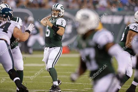 Matt Flynn New York Jets quarterback Matt Flynn (5) throws a pass to Chris Owusu (17) for a touchdown during the first half of a preseason NFL football game in East Rutherford, N.J