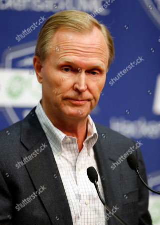 """John Mara New York Giants Co-owner John Mara speaks during an NFL football news conference, in East Rutherford, N.J. Mara announced that coach Tom Coughlin will return for a 12th season and Jerry Reese will be back as GM despite an """"embarrassing"""" 6-10 record"""