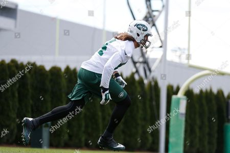 Zach Sudfeld New York Jets' Zach Sudfeld works out during voluntary minicamp ahead of the NFL football season, in Florham Park, N.J