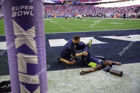 Tarvaris Jackson Seattle Seahawks quarterback Tarvaris Jackson (7) stretches before the NFL Super Bowl XLIX football game, in Glendale, Ariz