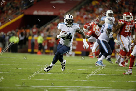 Hakeem Nicks Tennessee Titans wide receiver Hakeem Nicks (14) runs with the ball during the first half of a preseason NFL football game against the Kansas City Chiefs at Arrowhead Stadium in Kansas City, Mo