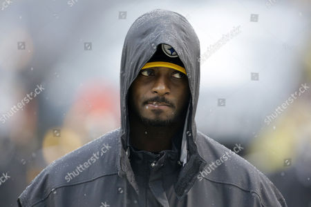 Stock Photo of Plaxico Burress Pittsburgh Steelers wide receiver Plaxico Burress walks on the sidelines during the second half of an NFL football game against the Cleveland Browns in Pittsburgh, . The Steelers won 20-7