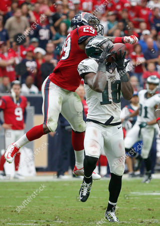 Jeremy Maclin, Andre Hall Philadelphia Eagles wide receiver Jeremy Maclin, front, catches a 52-yard pass as Houston Texans defensive back Andre Hal defends during the second quarter of an NFL football game, in Houston