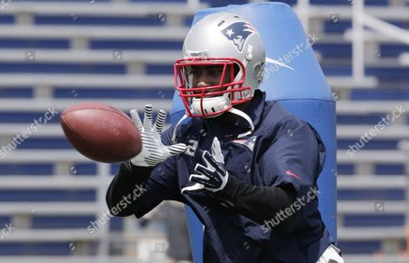 Darelle Revis New England Patriots corner back Darrelle Revis during a NFL football minicamp in Foxborough, Mass