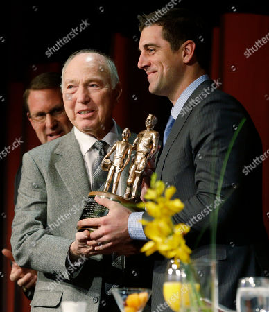 Bart Starr, Aaron Rogers Legendary Green Bay Packers quarterback Bart Starr, left, presents current Packers quarterback Aaron Rogers, right, with the the Bart Starr Award for Character and Leadership, at the Super Bowl Breakfast in New York. The Seattle Seahawks will play the Broncos Sunday in the NFL Super Bowl XLVIII football game in East Rutherford, N.J