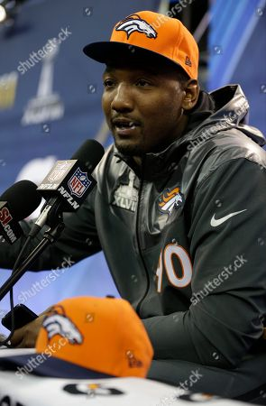 Shaun Phillips Denver Broncos' Shaun Phillips answers a question during media day for the NFL Super Bowl XLVIII football game, in Newark, N.J
