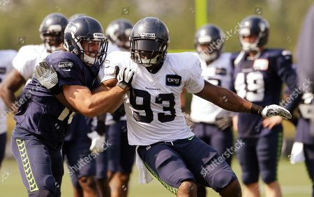Brett Swain, O'Brien Schofield Seattle Seahawks' Brett Swain, left, blocks against O'Brien Schofield during NFL football training camp in Renton, Wash. D'Anthony Smith and O'Schofield were both considered expendable by their former teams. Schofield was waived by Arizona and Smith was traded by Jacksonville. Unless the Seahawks get healthy in a hurry, both could be Week 1 starters for Seattle