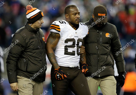Willis McGahee Cleveland Browns running back Willis McGahee is helped from the field after being injured in the fourth quarter of an NFL football game against the New England Patriots, in Foxborough, Mass