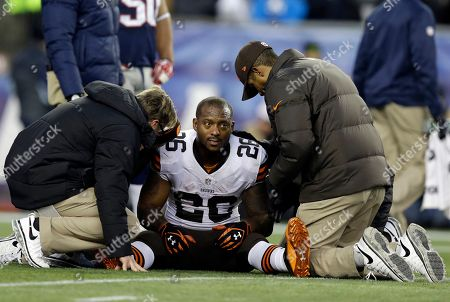 Willis McGahee Cleveland Browns running back Willis McGahee is tended after being injured in the fourth quarter of an NFL football game against the New England Patriots, in Foxborough, Mass