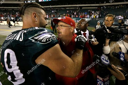 Todd Herremans, Andy Reid Kansas City Chiefs head coach Andy Reid, right, meets with Philadelphia Eagles' Todd Herremans after an NFL football game, in Philadelphia. Kansas City won 26-16