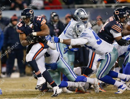 Michael Bush Chicago Bears running back Michael Bush (29) rushes against Dallas Cowboys defense during the second half of an NFL football game, in Chicago