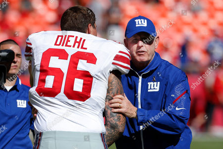 Tom Coughlin, David Diehl New York Giants coach Tom Coughlin, right, shakes hands with tackle David Diehl (66) during the first half of an NFL football game at Arrowhead Stadium in Kansas City, Mo