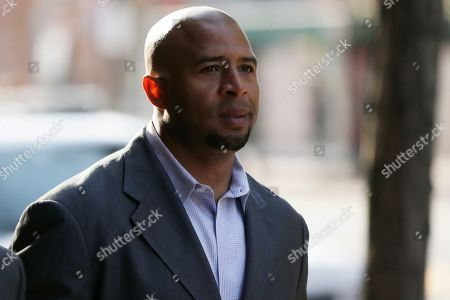 Dorsey Levens Former NFL player Dorsey Levens walks to the U.S. Courthouse, in Philadelphia for a hearing to determine whether the NFL faces years of litigation over concussion-related brain injuries. Thousands of former players have accused league officials of concealing what they knew about the risk of playing after a concussion. The lawsuits allege the league glorified violence as the game became a $9 billion-a-year industry