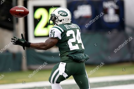 John Griffin New York Jets running back John Griffin (24) bobbles the opening kickoff from the Oakland Raiders during the first half of an NFL football game, in East Rutherford, N.J