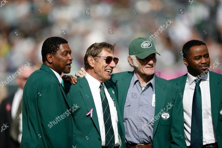 Wesley Walker, Joe Namath, Don Maynard, Curtis Martin From left, former New York Jets wide receiver Wesley Walker, NFL Hall of Fame quarterback Joe Namath, center, NFL Hall of Fame wide receiver Don Maynard, and former Jets running back Curtis Martin, far right, participate in a New York Jets Ring of Honor ceremony honoring former Jets defensive tackle Marty Lyons during halftime in an NFL football game between the New York Jets and the Pittsburgh Steelers, in East Rutherford, N.J