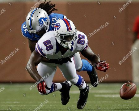 Kevin Barnes, Kamar Aiken Detroit Lions defensive back Kevin Barnes (22) breaks up a pass intended for Buffalo Bills wide receiver Kamar Aiken (88) in the second half of their NFL preseason football game in Detroit