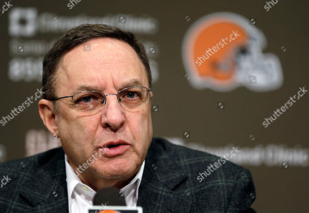 Joe Banner Cleveland Browns CEO Joe Banner answers questions during a news conference at the Browns' NFL football training facility in Berea, Ohio. The Browns fired their coach after one season. Now they're sweeping out their front office. Owner Jimmy Haslam announced, that Banner will step down in the next two months and general manager Michael Lombardi is leaving the team