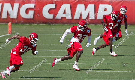 Jalil Brown, Javier Arenas, Abram Elam, Travis Daniels Kansas City Chiefs defensive backs Jalil Brown (30), Abram Elam (32), Travis Daniels (34) and Javier Arenas (21) workout during football training camp in St. Joseph, Mo