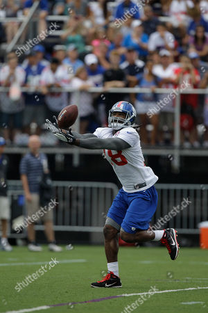 Isaiah Stanback New York Giants wide receiver Isaiah Stanback (18) catches a pass at the New York Giants NFL football training camp in Albany, N.Y