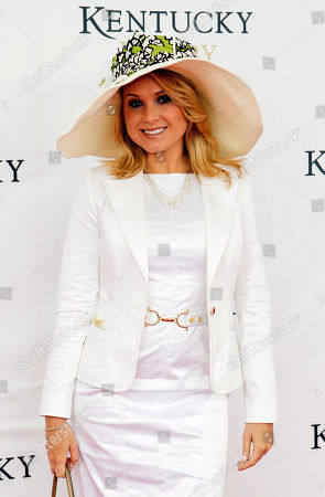 Actress Alana Curry arrives for the 137th Kentucky Derby horse race at Churchill Downs, in Louisville, Ky