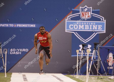 Mark Ingram West Virginia running back Noel Devine runs the 40-yard dash during the NFL football scouting combine in Indianapolis