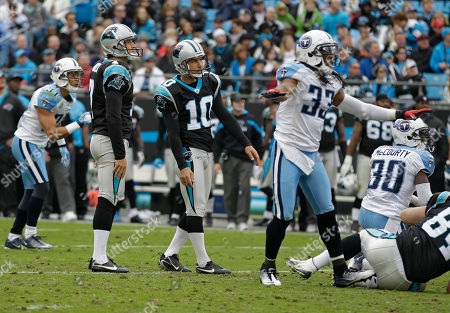 Olindo Mare, Michael Griffin Tennessee Titans' Michael Griffin (33) reacts as Carolina Panthers' Olindo Mare (10) misses a field goal attempt during the second quarter of the Titans' 30-3 win in an NFL football game in Charlotte, N.C
