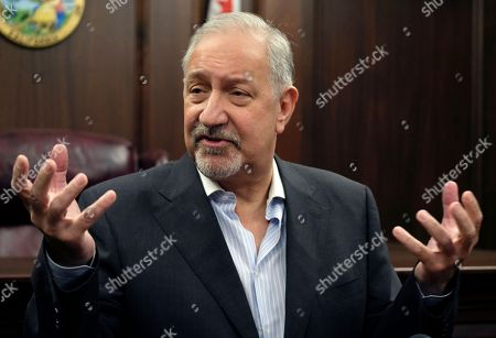 Mark Geragos Singer Chris Brown's attorney Mark Geragos talks to the media during a news conference, in downtown Los Angeles. Geragos insisted that no guns or drugs were found in the singer's home when it was searched by police in response to a report he pointed a gun at a woman