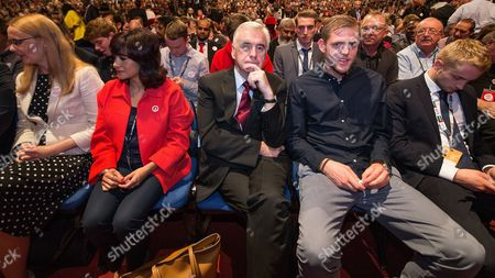 Cat Smith, Laura Alvarez, John McDonnell, Tom Corbyn and Ben Corbyn