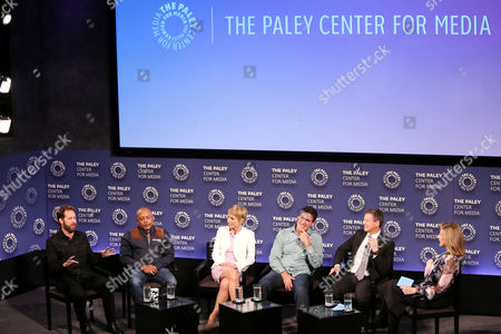 Chris Sacca, Daymond John, Barbara Corcoran, Mark Cuban, Clay Newbill, Arianna Huffington