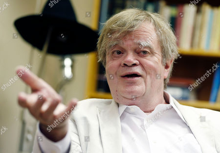 "Garrison Keillor Garrison Keillor, creator and host of ""A Prairie Home Companion,"" appears during an interview in St. Paul, Minn. Keillor says he has suffered a brain seizure but that this week's show apparently will go on. Keillor posted on Facebook, that he had what he called a ""whirlwind weekend,""? doing two shows at Wolf Trap National Park for the Performing Arts in Virginia and suffering a ""nocturnal brain seizure"