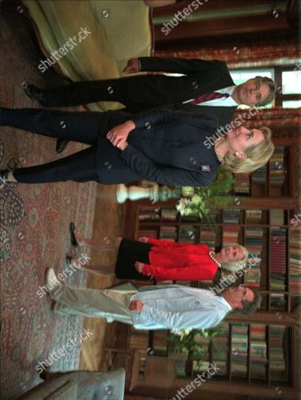 """MARSHALL First lady Hillary Rodham Clinton, front, tours the historic 1902 home of noted author Edith Wharton in Lenox, Mass., accompanied by executives of the Edith Warton Restoration, Inc., including from left: Jonas Dovydenas, Stephanie Copeland, and Scott Marshall. The first lady stopped at the house as part of her July 13 through 16 1998 """"Save America's Treasures"""" tour in northeastern United States"""
