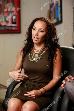 "Toi-Lin Kelly Toi-Lin Kelly comments on how her fiance, Marion ""Suge"" Knight, who was shot several times in the lower torso, as she is interviewed by The Associated Press at Knight's defense attorney offices in the Sherman Oaks neighborhood of Los Angeles"
